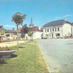 Place du champs de foire Flavignac