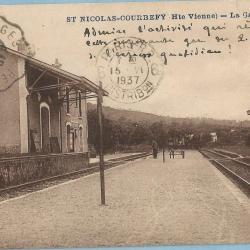 Saint-Nicolas-Courbefy La Gare Arrivée de l'Express quotidien 1937