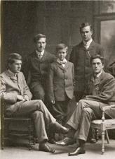 Lawrence et ses frères (1910):  Ned, Frank, Arnold, Bob et Will.